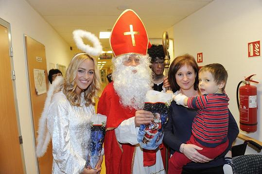 Mikulášská nadílka se ve Fakultní nemocnici Motol uskutečnila v pátek 5. prosince.