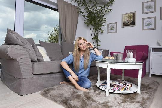 Simona Krainová si s manželem pořídila víkendový domek nedaleko Prahy.