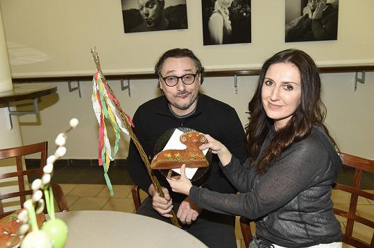 S kolegou z divadla Marianem Vojtkem.
