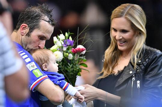 Chybět nemohla ani jeho manželka Nicole Vaidišová s tříměsíční dcerkou Stellou.