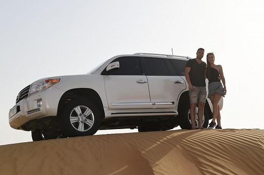 Táňa se Zdeňkem na výletě v poušti