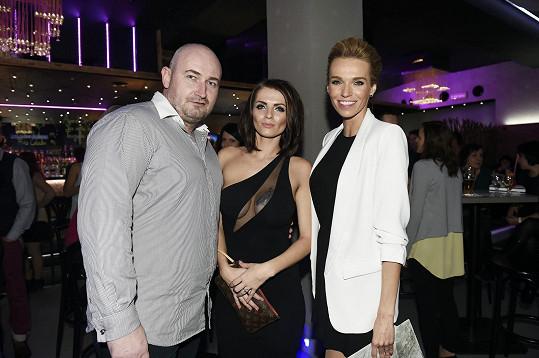 S přítelem Jiřím a kamarádkou Hanou Mašlíkovou