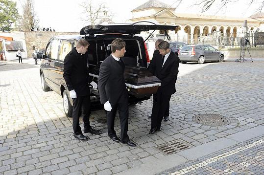 Pohřeb Miroslava Ondříčka se koná na Vyšehradě.