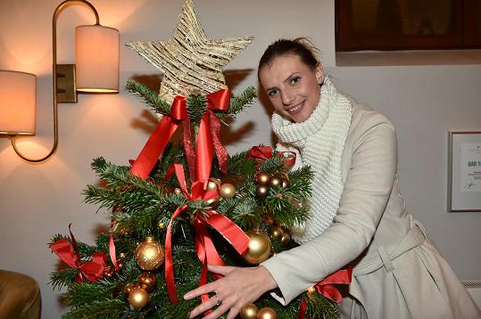 Monika s rodiči a sourozenci se dohodli, že místo klasických Vánoc budou jezdit do exotiky.