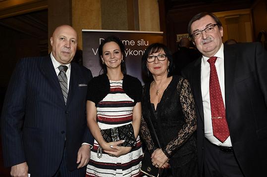 Se starostou Prahy 1 Oldřichem Lomeckým a jeho partnerkou Veronikou Blažkovou