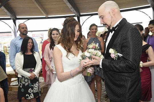 Bohuš Matuš a Lucie se brali na nevěstiny 18. narozeniny.