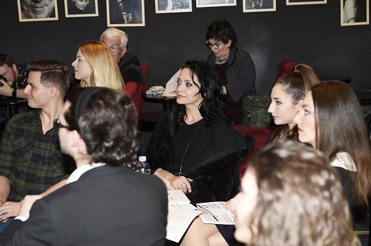 Při čekání na vyhlášení s kolegyněmi Natálií Grossovou a Katarínou Hasprovou, které byly také nominovány