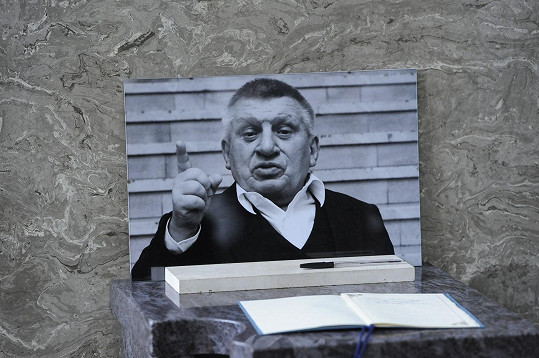Jiří Krytinář zemřel na plicní embolii.