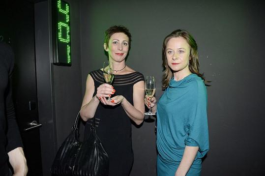 Kristýna Frejová a Petra Špalková mají víno rády.