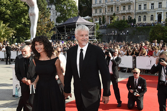Tim Robbins s partnerkou
