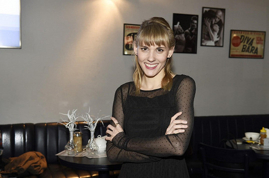 Adriana z Ulice bude v taneční soutěži reprezentovat své Divadlo na Vinohradech.