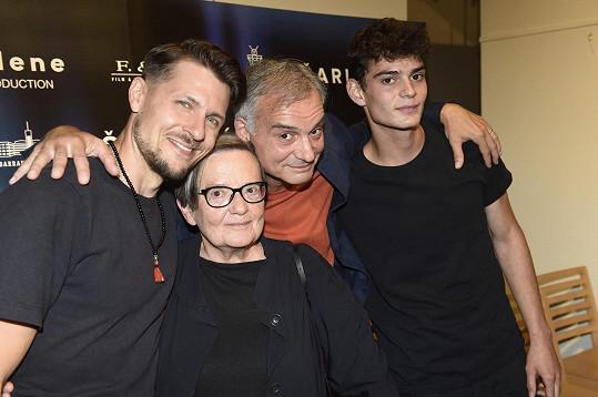Zleva Juraj Loj, Agnieszka Holland, Ivan Trojan a Josef Trojan na tiskové konferenci před premiérou