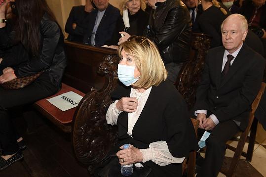 Smutečního obřadu se zúčastnila také Pavlína Filipovská.