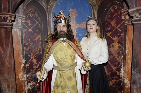 Nebo s další postavou českých dějin Karlem IV.