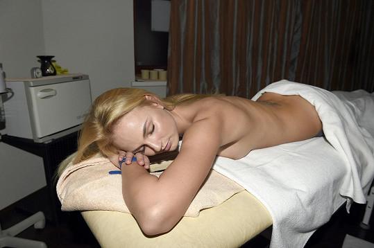 Anebo masáž