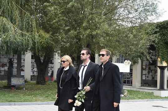 Přišla i Tamara Kotvalová s Romanem Hajabáčem.