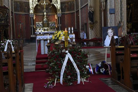 Gabriela Vránová měla po rozloučení v divadle církevní pohřeb.