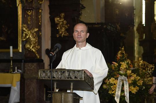 Dalibor Gondík byl jedním z ministrantů.