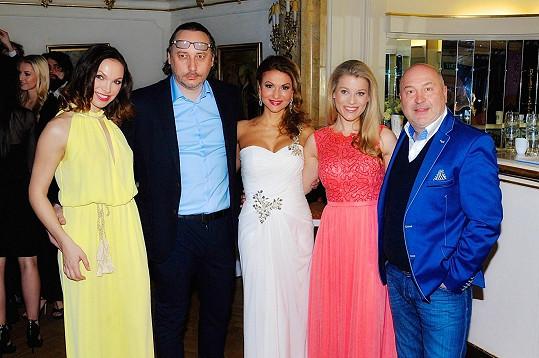 S kolegy z muzikálu Angelika a Michalem Davidem