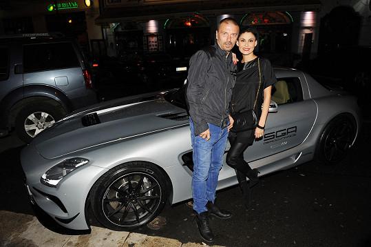 Tomáš Řepka s manželkou Vlaďkou milují pořádně sešlápnoutý plyn.