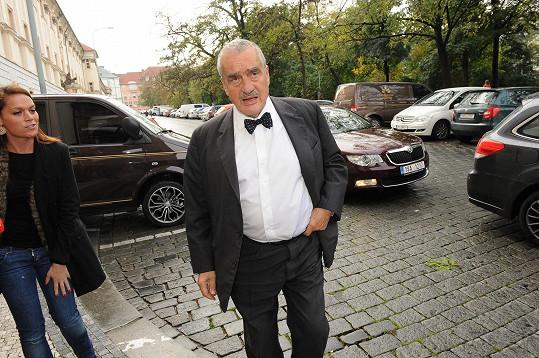 Karel Schwarzenberg si vyléval vztek na novinářích.