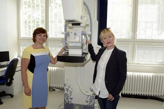 Dana Batulková byla u odhalení nového typu mamografu, který snáze odhalí zhoubný nádor.