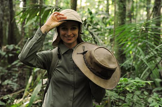 Ivana chodila po pralese někdy i oblečená.