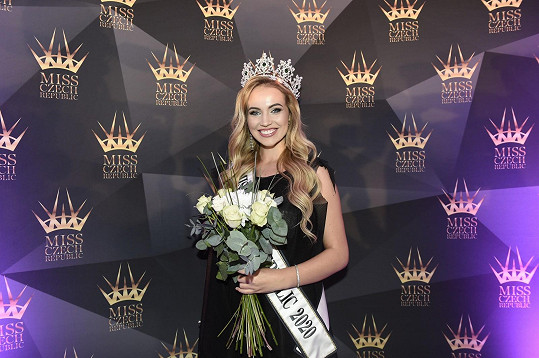 Natálie Kočendová získala titul Miss International Czech Republic 2020.