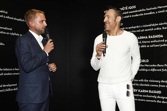 Rashid v Praze představil v rámci módní akce Mercedes-Benz Prague Fashion Week sérii originálních grafických motivů, inspirovaných digitálními technologiemi.