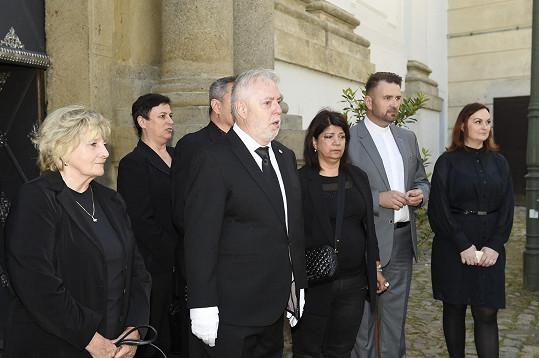 Jan Kolomazník s rodinou a blízkými Evy Pilarové