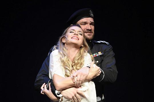 Anebo jedna z Desdemon, krásná zpěvačka Domininika Richterová