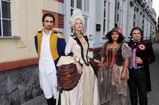 S dalšími účinkujícími z muzikálu Marie Antoinetta zazpívala Renata Drössler.