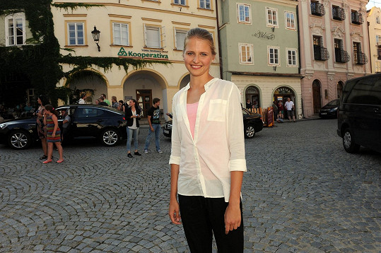 Alžbeta získala roli v seriálu díky své výšce.