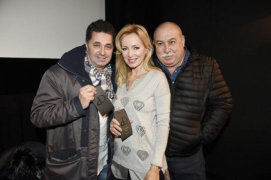 Brožová se svými kolegy Martinem Dejdarem a Andrejem Hrycem.