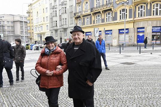 Zdeněk Srstka s partnerkou