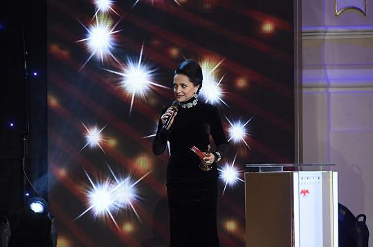 Lucie Bílá je opět první mezi zpěvačkami.