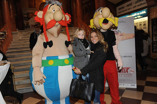 Petra Svoboda vzala dceru do kina na film Asterix: Sídliště bohů.