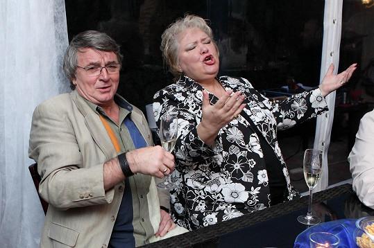Marie Párová s Vlastimilem Harapesem.