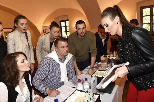 Porota v čele s Taťánou Makarenko měla těžkou práci.