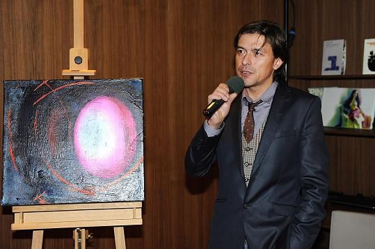 Dominik Mareš daroval do internetové dražby svůj obraz.