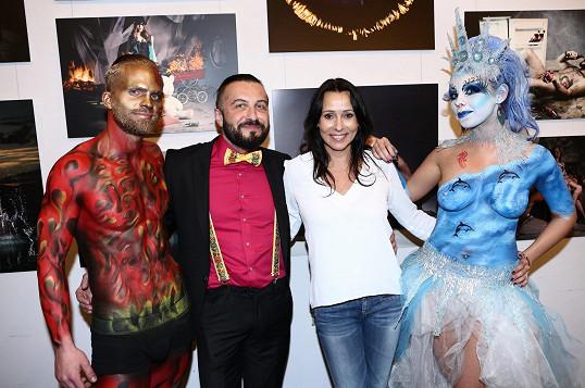 nahé cosplay modely čierne porno hviezda Kiwi