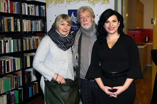 Balzerová byla ráda, že se potkala s přáteli - Janem Kanyzou a Andreou Kalivodovou.