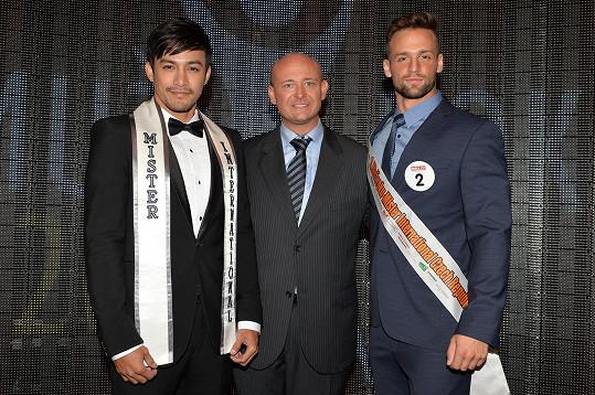 S loňským Mistrem International Neilem Perezem a Davidem Novotným