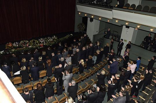 Poslední standing ovation pro nestora českého filmu i divadla