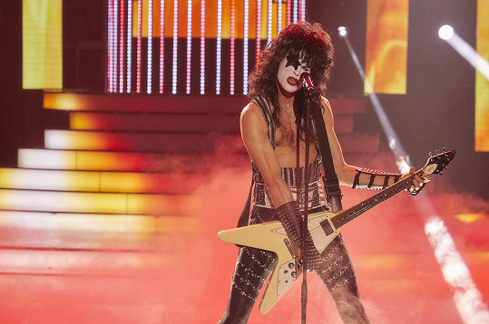 Albert Černý jako Paul Stanley z kapely Kiss