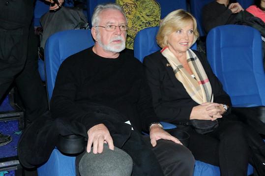 Vyšli si na premiéru válečného filmu od Mela Gibsona.