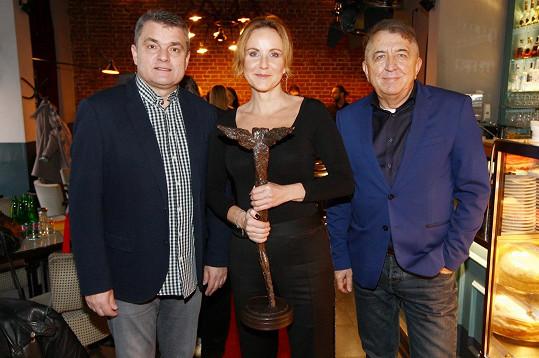 Vendula s ředitelem Febiofestu Karlem Spáčilem a jeho prezidentem Fero Feničem.