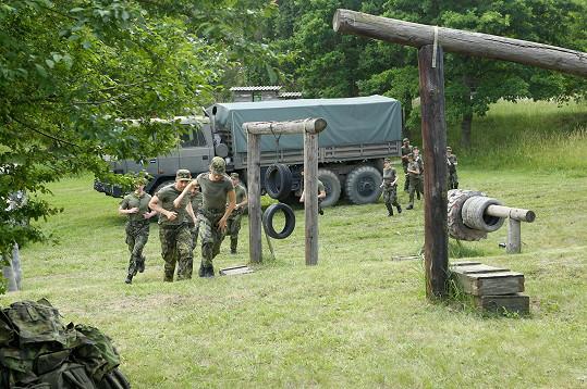 Prima začala natáčet nový seriál z vojenského prostředí.