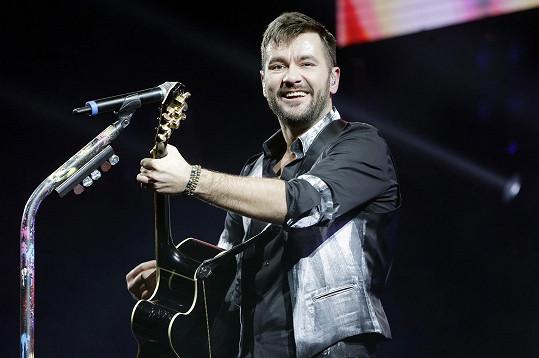Marek na koncertu naznačil, že příště by mohl vystoupit v Edenu.