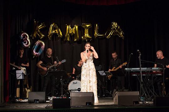 Kamila slavila třicetiny koncertem ve Strašnickém divadle.